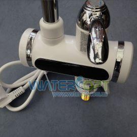 Электрический смеситель для кухни Проточный водонагреватель Посейдон хром