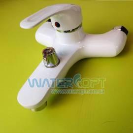 Смеситель для ванной белый Smack 7777